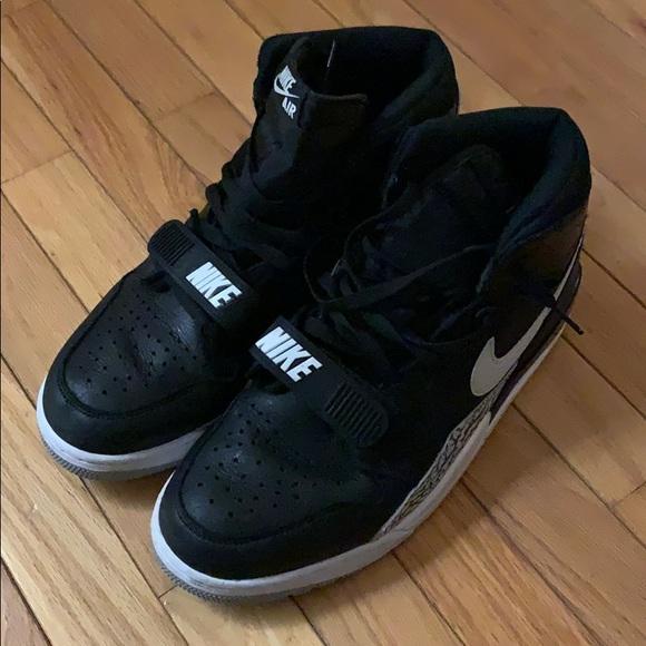 Mens Black Nike High Tops Size 11